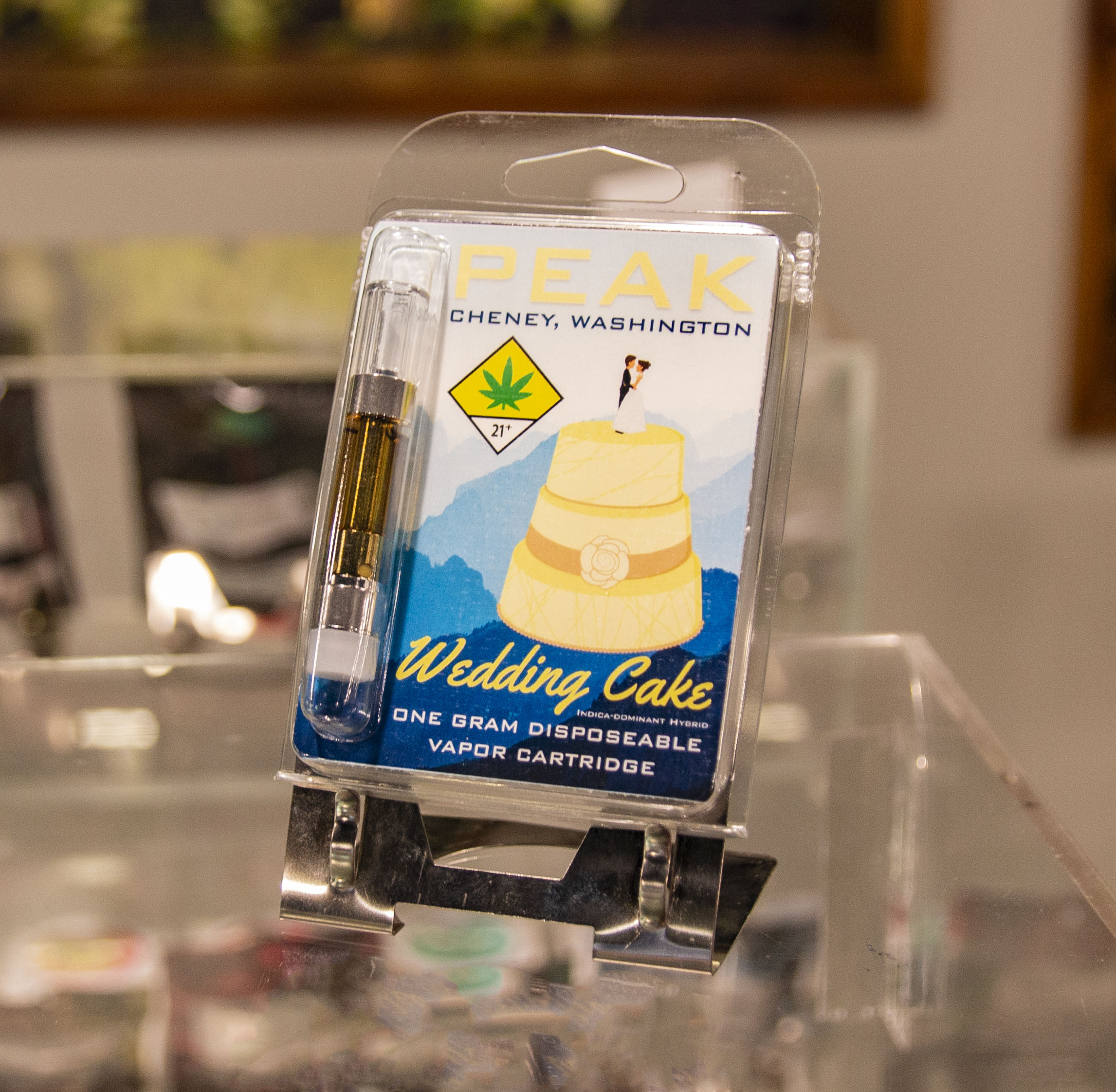 The Budtender's Review Corner; Peak's Wedding Cake Cartridge